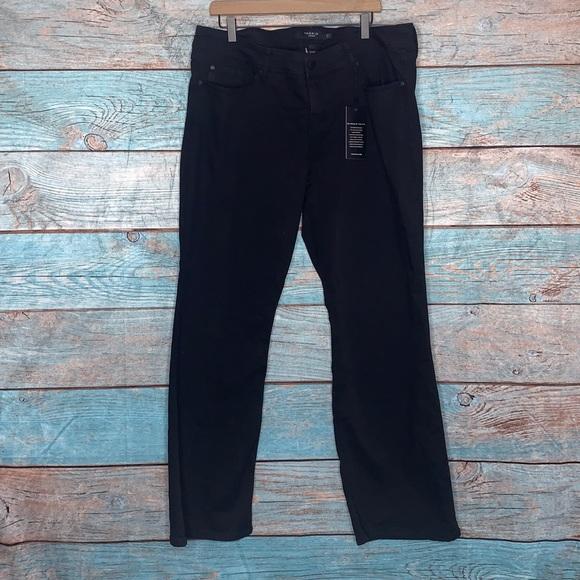 Torrid Black Jeans Slim Boot Size 20 R NWT